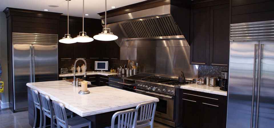 Pleasant High Quality Custom Kitchen Cabinetry Serving Devon Home Interior And Landscaping Palasignezvosmurscom